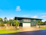 Beautiful Hanalei Home, Walking Distance to the Beach!