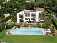 French Riviera Vacation Rental with a Garden and Pool