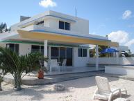 San Bruno Solar Beachfront Casa w/pool