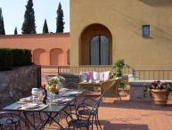 Pleasant Tuscan Apartment on Large Hillside Estate - Il Cortile del Borgo 8