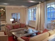 St Germain Romance - Spacious St Michel 2 bedroom apartment