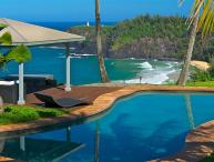 Dali Hale Estate On Secret Beach, Sleeps 12