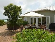 Located directly on Chalk Sound, this villa is a 1-minute walk to Sapodilla Bay Beach. IE SRV