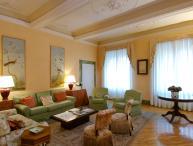 Apartment Accommodation Florence - Piazza Antinori - Coppelia