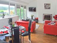 MASSON VIEW APARTMENT, en-suite, WiFi, Jacuzzi bath, delightful views, apartment in Matlock, Ref. 912197