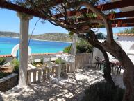 Seafront villa for rent, Rogoznica, Sibenik