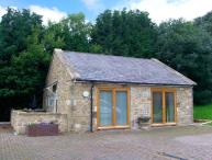 THE LODGE, stone-built, detached, open plan studio accommodation, romantic retreat, in Horsley near Heddon-on-the-Wall, Ref. 29737