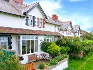 5 CAE GLAS, woodburning stove, sea views, rear deck and front patio in Dwygyflchi near Conwy, Ref 12611