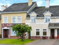 5 CASTLE FALLS, modern property with en-suite, multi-fuel stove, garden, close amenities of Killarney Ref 914282
