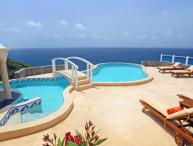 Equinox - Private 4 bedroom, 4 bathroom villa that enjoys uninterrupted views out to sea