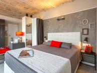 Penthouse Vintage Suites with Terrace 5.4