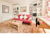 CR143London - Charming garden apartment, Zone 2, sleeps 4
