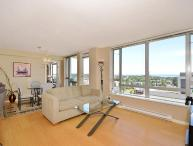 Downtown Victoria Upscale Ocean View Condo walk to Shopping and Dining