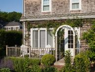 1 Bedroom 1 Bathroom Vacation Rental in Nantucket that sleeps 2 -(10088)