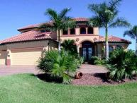 Brand new 3 bedroom 3 bathroom Cape Coral villa with a beautiful pool with wonderful views and easy access to the Golf