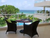 Stunning 2 Bed Condo with Pool and Gym