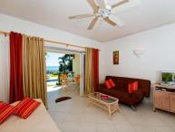 Fantastic Studio Apartment with Ocean Views