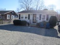 ADORABLE COTTAGE, 1MILE TO BEACH, 2BEDROOMS 1BATH 124758