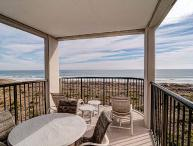 DR 1405 - Beautiful oceanfront condo with tennis, pool and easy beach access