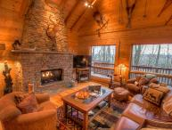 4BR Upscale Log Cabin Valle Crucis! 4BR/3.5BA Log Cabin with Hot Tub, Fire Pit