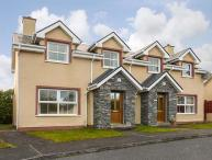 16 SHEEN VIEW, pet-friendly cottage with open fire, garden, close Kenmare Ref 920400