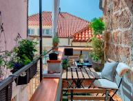 Apartment for rent in historical center of Hvar