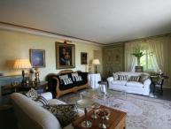 Villa Guelfi & Ghibellini