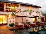Kipi luxury 4 bed villa, central  Seminyak