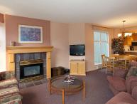 Woodrun Lodge 317 |  2 Bedroom Ski-in/Ski-Out Unit, Fireplace, Shared Hot Tub