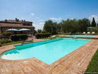 Asciano Delight - Le Four Asciano villa with views, Tuscan villa to let, self