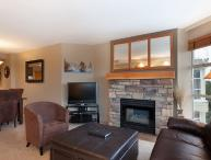 Woodrun Lodge #503 | 2 Bedroom Ski-In/Ski-Out Modern Condo, Scenic Views