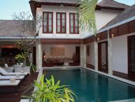 Villa Sam - Arwana Estate