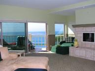 2 Bedroom, 2 Bathroom Vacation Rental in Solana Beach - (LB32)