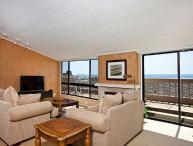2 Bedroom, 2 Bathroom Vacation Rental in Solana Beach - (SUR143)