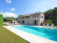 Elegant Villa within Walking Distance of St Tropez - Villa Tropez