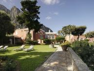 Villa Le Camelia, Sleeps 18