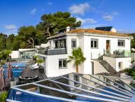 Villa Mirage, Sleeps 9