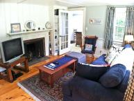 Affordable, Lovely 3 BR, 1 Bath, close to Kelly's Bay Pond - DE0597