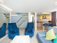 Luxury One Bedroom Duplex in Zona T