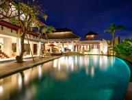 Villa Saya Echo Beach - WALKING DISTANCE TO THE BEACH AND CLOSE TO RESTAURANT