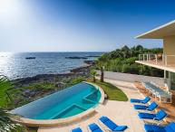 Villa Gauguin, Sleeps 12