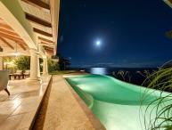 Villa Paraiso Montezuma, Sleeps 14