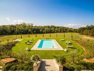 Villa Bacco, Sleeps 18