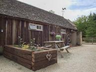HENLOFT, barn conversion, parking, shared courtyard, indoor heated pool, in Cirencester, Ref 31095