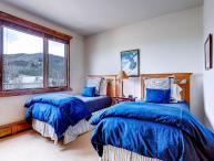 Highlands Slopeside 217