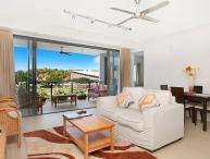 Saltwater Suites - 1 Bedroom Beach Apartment Sleeps 2
