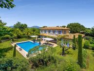 Villa Pearl, Sleeps 10