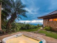 Luxury Beach Front Cottage - Spa\Jacuzzi