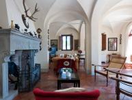 Private Villa on a Castle Estate near Certaldo - Villa Grandiosa