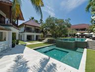 Villa Manis - an elite haven